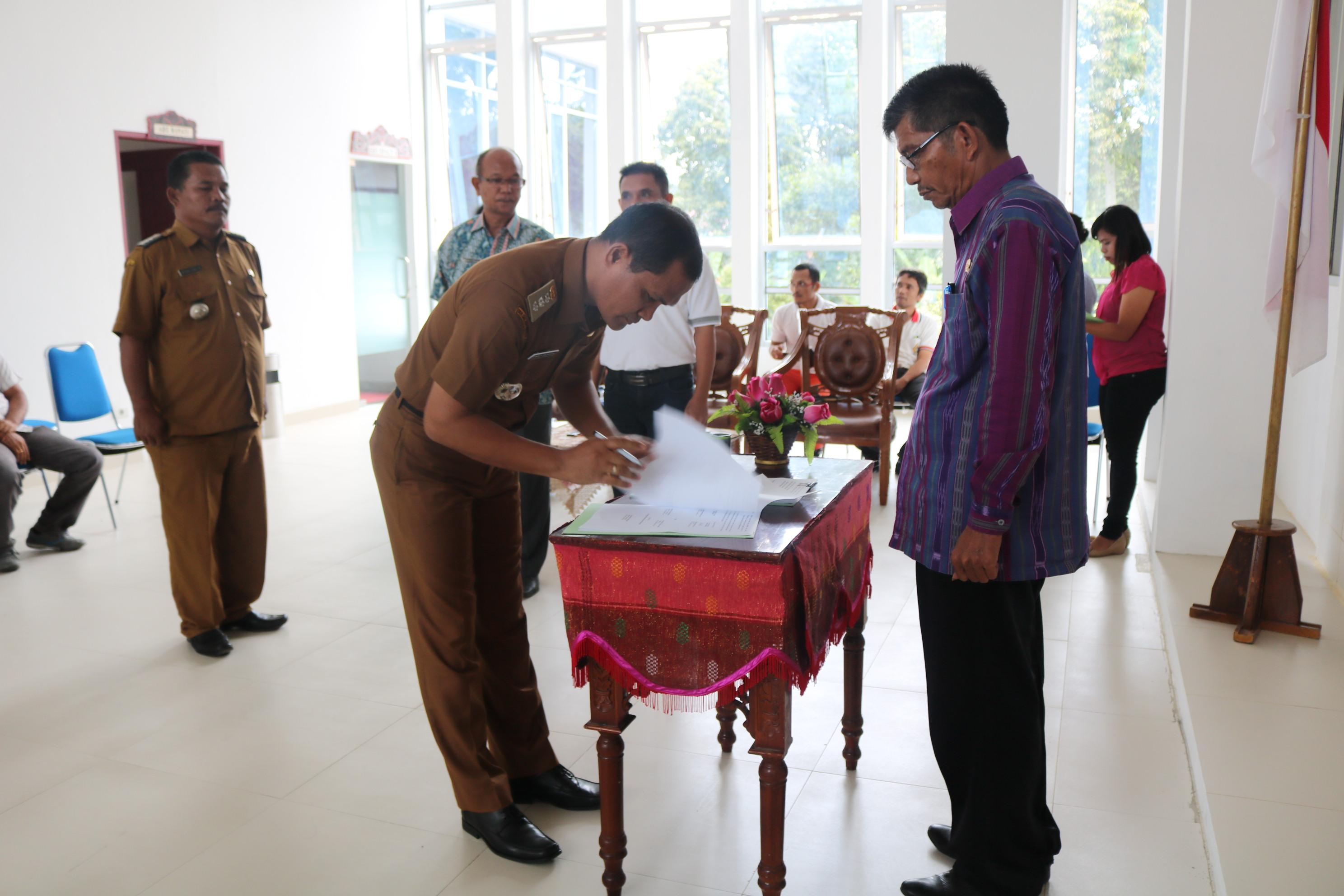 Serah Terima Jabatan Camat Di Lingkungan Pemerintah Kabupaten