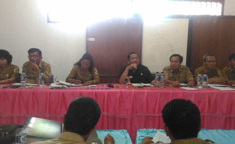 Bupati Samosir Pimpin Rapat Evaluasi Desa