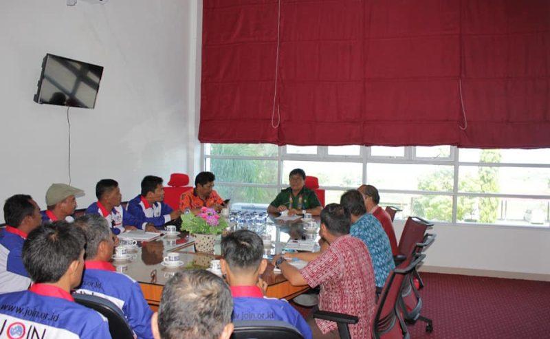 Wakil Bupati Samosir Menerima Audiensi Jurnalis Online Indonesia