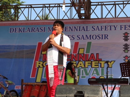 WABUP APRESIASI ACARA MILLENIAL ROAD SAFETY FESTIVAL POLRES SAMOSIR